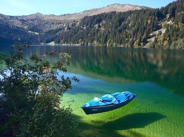 Sary Chelek lake